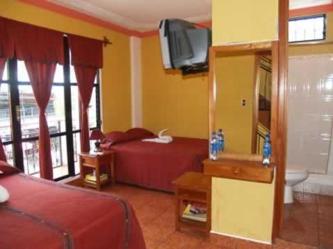 Hotel California room 2